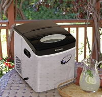 Dometic Portable Ice Maker -- Mfr # HZB-15S