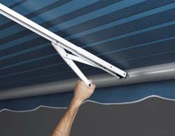 Rafter VII w\Auto. Awning Support Satin Black Ca