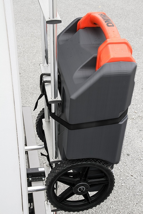 Camco 39000 Rhino Heavy Duty 15 Gallon Portable Rv Waste