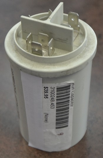 Dometic AC Run Capacitor Silver 3-Prong 3100248.453